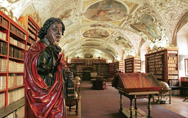 13 - Strahov Monastery - with a large library in the baroque concept (23 km)